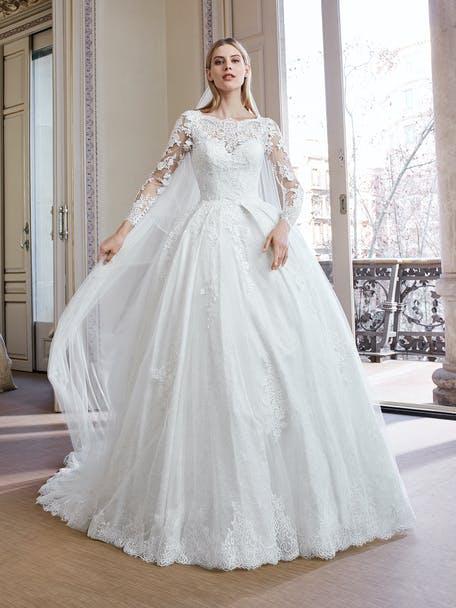 Suknia ślubna princesska z długim rękawem