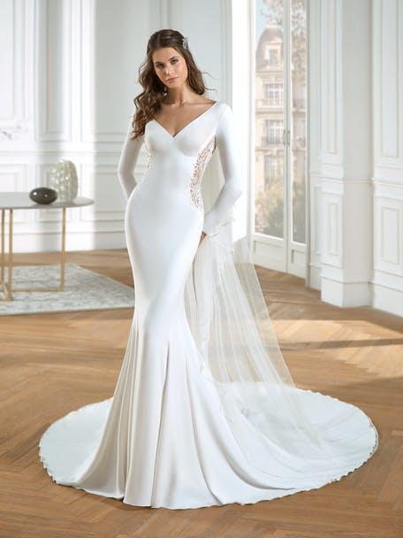 suknia ślubna syrenka z długim rękawem