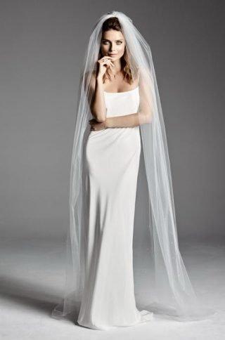 Suknie ślubne w stylu lat 90. 2020