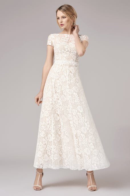 Suknie ślubne w stylu vintage - trendy 2020