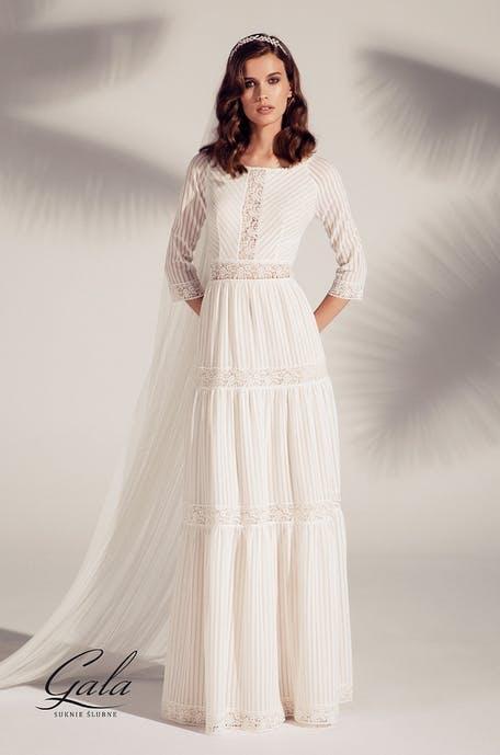 Suknie ślubne trendy 2020 - lata 70.