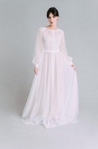 Suknie ślubne w stylu boho - trendy 2020