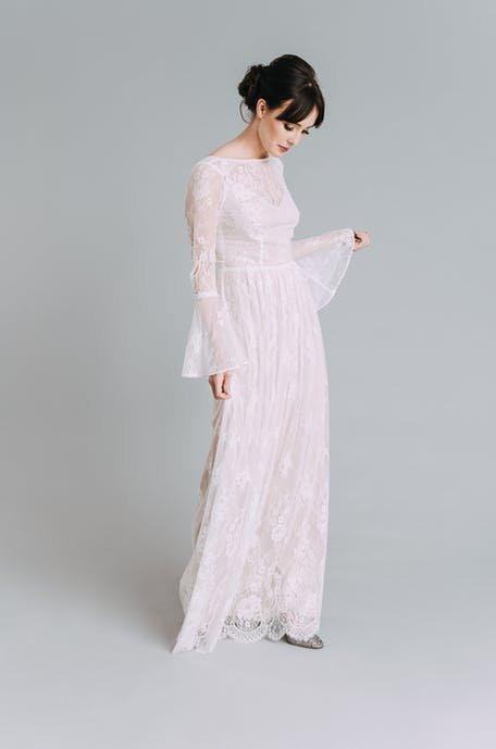 Suknie ślubne 2020 w stylu lat 70.