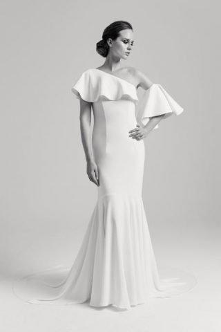 Suknie ślubne asymetryczne trendy 2020