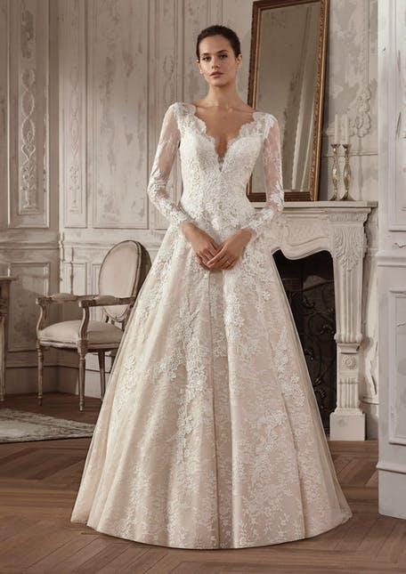Suknie ślubne w stylu lat 80. trendy 2020