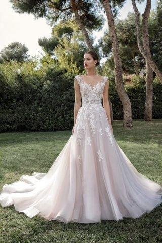 Suknie ślubne z kwiatami 2020