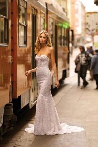 Błyszczące suknie ślubne trendy 2020