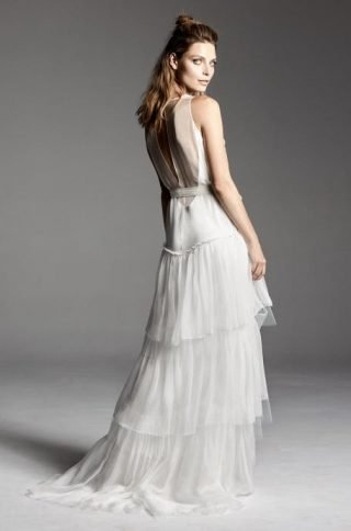 Suknie ślubne wykończone falbankami 2020