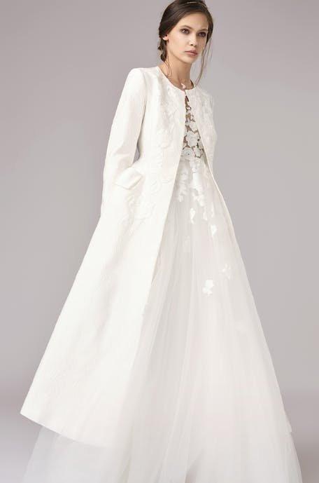 Suknie ślubne z żakietem 2020