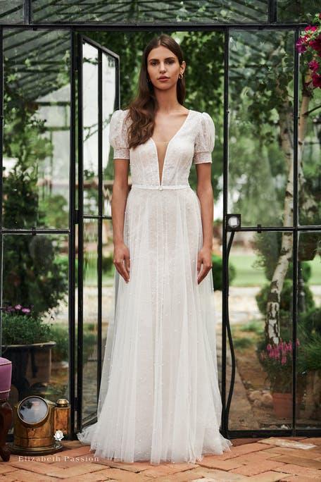 eleganckie proste suknie ślubne 2021
