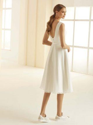 Suknie ślubne z trampkami 2020