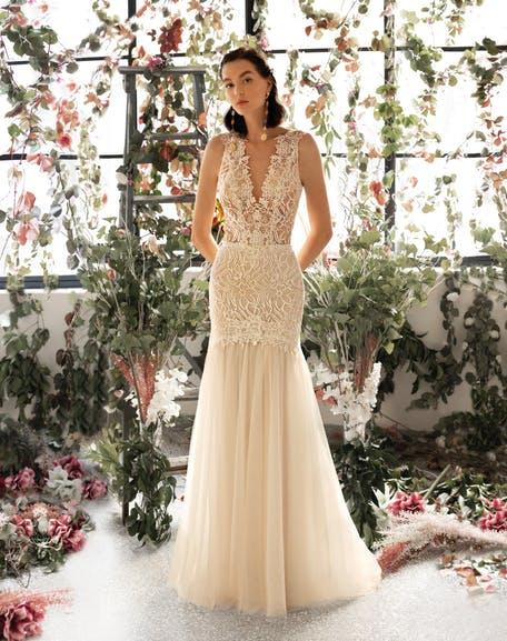 Romantyczne suknie ślubne trendy 2020