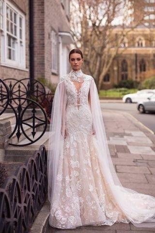 Suknie ślubne z peleryną 2020