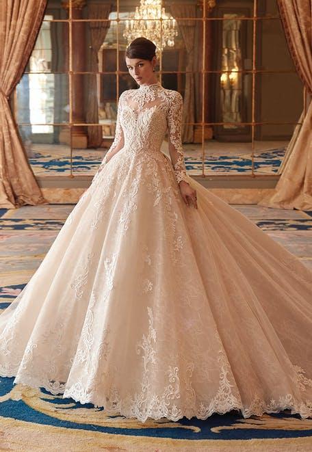 suknie ślubne 2021 z golfem