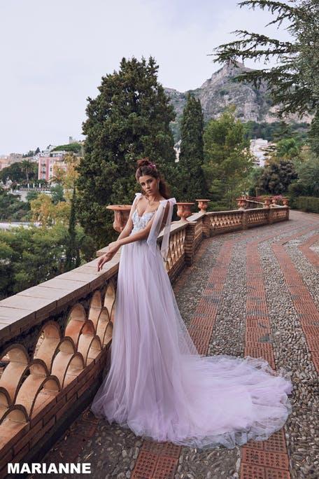 Fioletowe suknie ślubne 2020