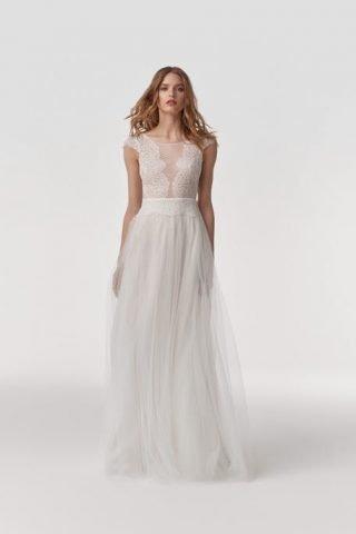 Suknia ślubna w stylu boho ze zwiewną spódnicą