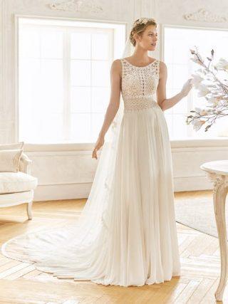 Suknia ślubna w stylu boho z przezroczystego materiału