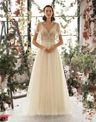 Suknia ślubna boho z falbanami