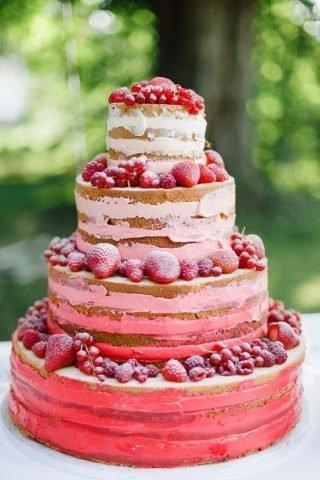 Tort weselny w stylu naked cake - zdjęcie 5