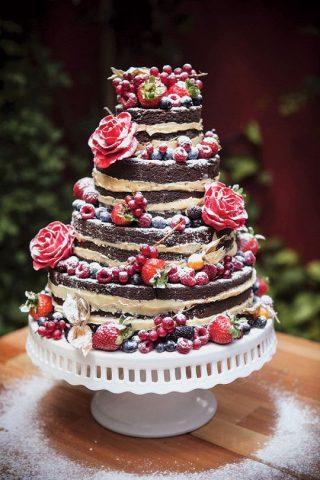 Tort weselny w stylu naked cake - zdjęcie 4