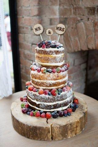 Tort weselny w stylu naked cake - zdjęcie 1