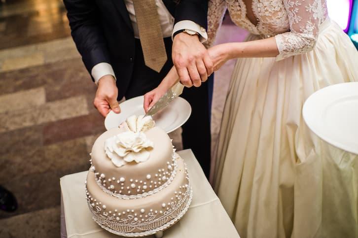wesele w stylu vintage tort