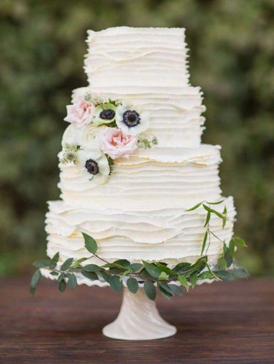 Torty weselne z falbankami - zdjęcie 4