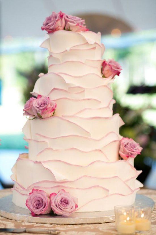 Torty weselne z falbankami - zdjęcie 6