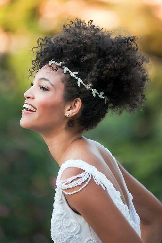 Naturalne afrykańskie fryzury ślubne
