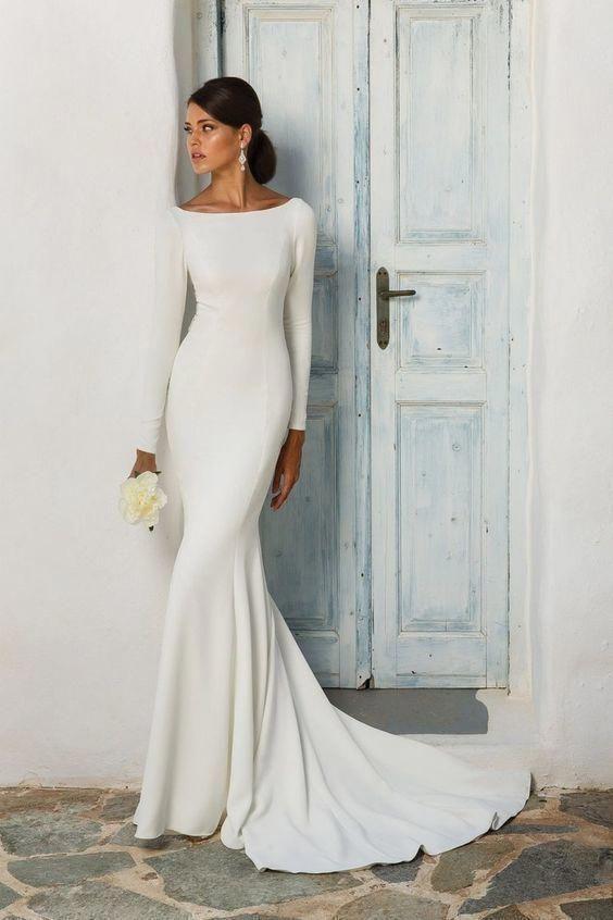 suknia ślubna dopasowana do figury