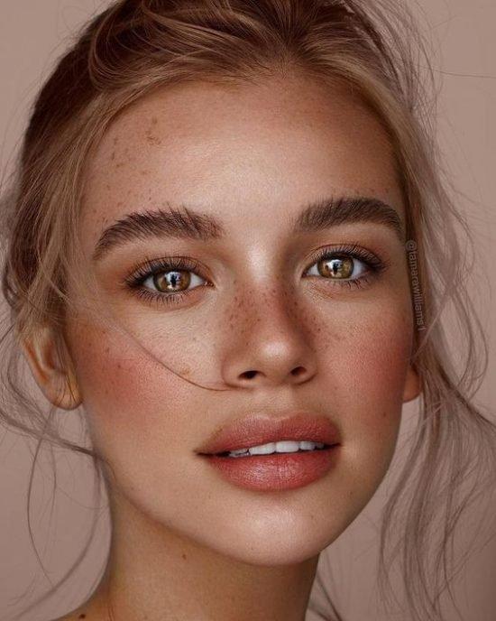 Trendy w makijażu ślubnym 2019 - naturalne brwi