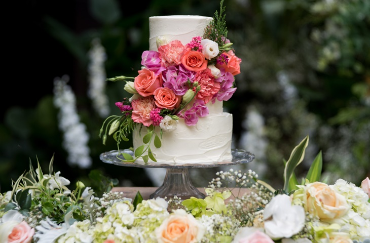 Jak udekorować tort weselny - zdjęcie 12