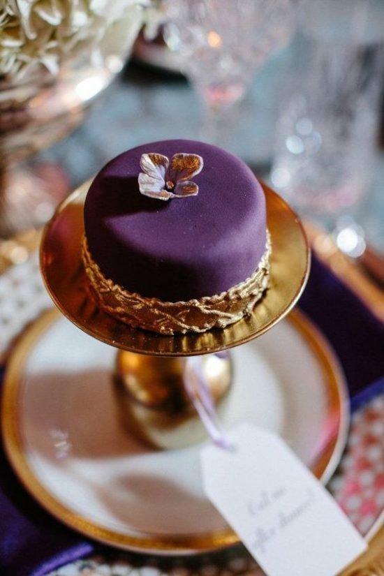 Kolor roku Pantone - ultra violet jako motyw przewodni 30