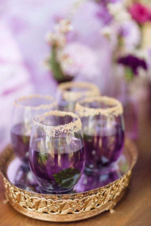Kolor roku Pantone - ultra violet jako motyw przewodni 36