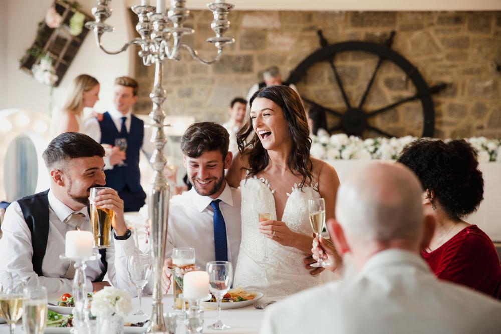 Jak usadzić gości na weselu