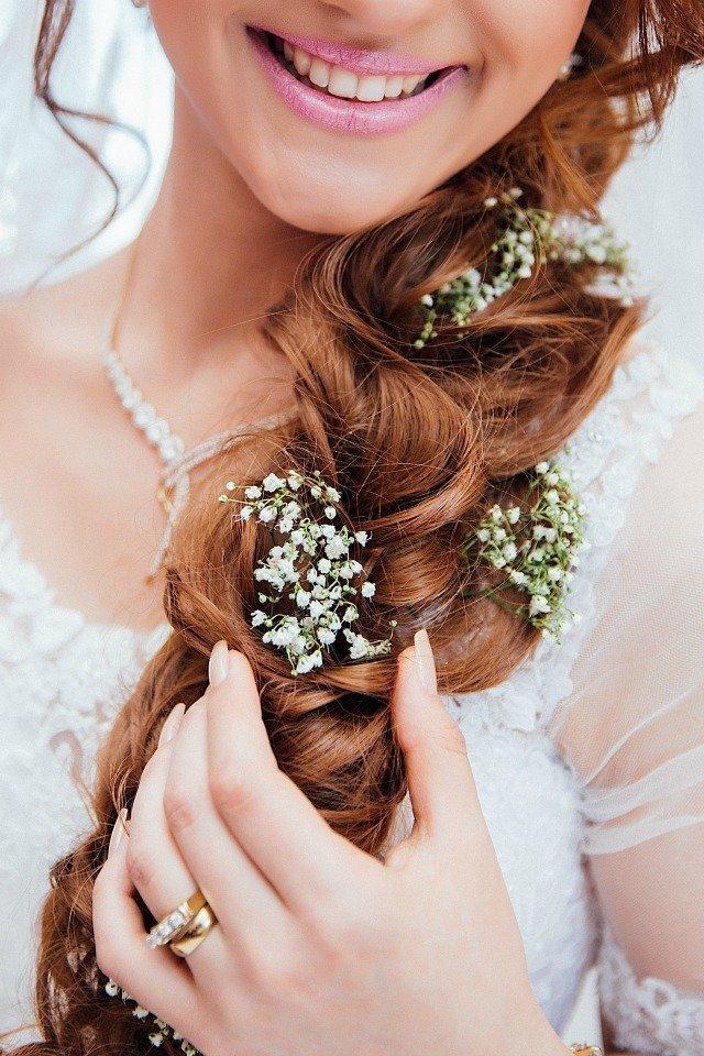 najpiękniejsze fryzury ślubne z warkoczem