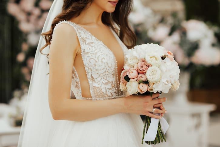 konsultantka ślubna panna młoda bukiet