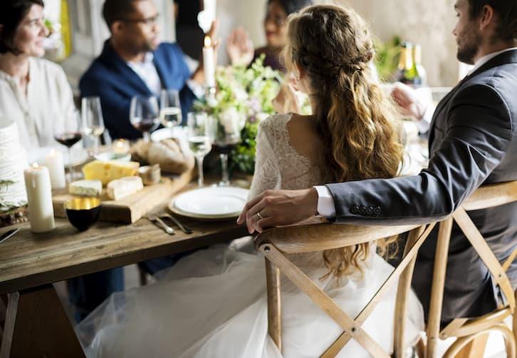 jak wypisać zaproszenia ślubne przyjęcie weselne