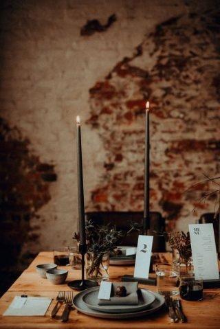 Wesele w stylu industrialnym - świece