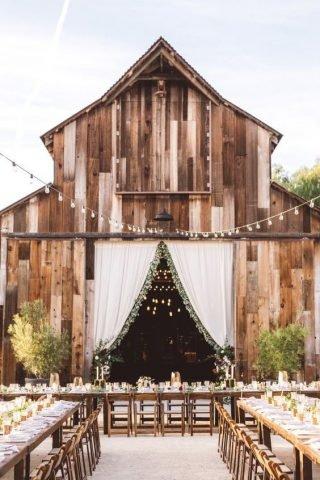 Wesele w stodole - styl rustykalny