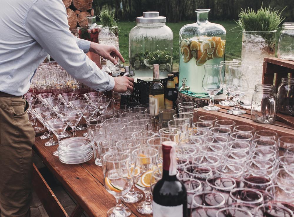 weselny bar z alkoholem