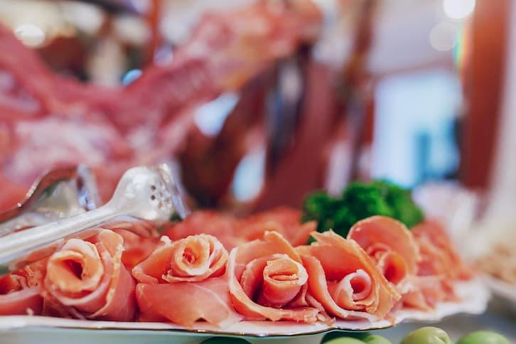 szynka wiejski stół wesele