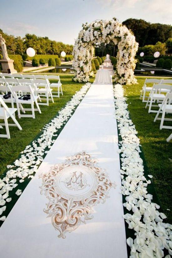 Wystrój kościoła na ślub - dywan - zdjęcie 3