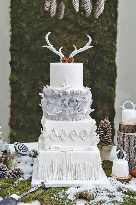 Zimowe dekoracje weselne - tort weselny - zdjęcie 2