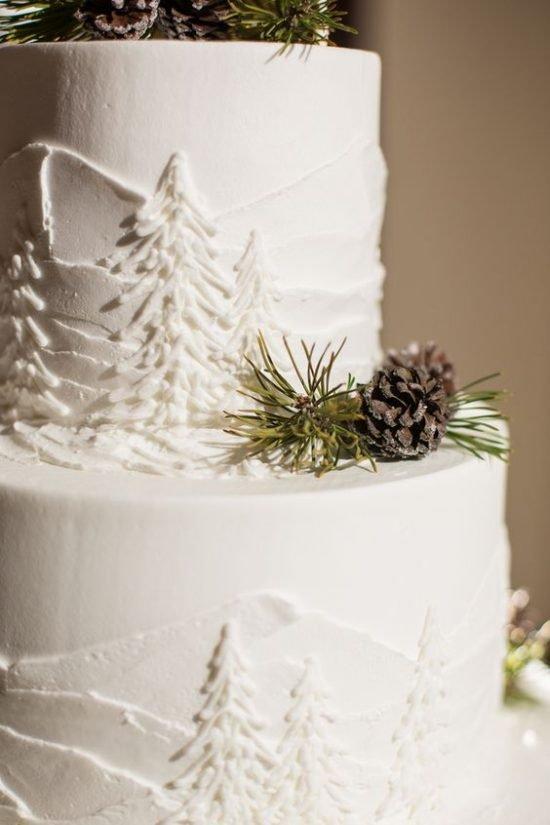 Zimowe dekoracje weselne - tort weselny - zdjęcie 1