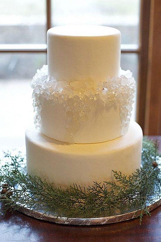 Zimowe dekoracje weselne - tort weselny - zdjęcie 4