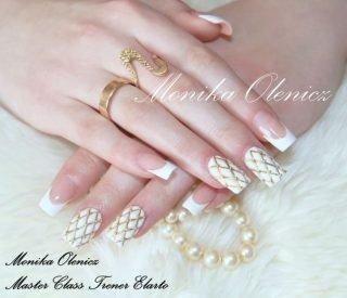 zimowy manicure ślubny wzorki