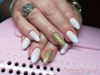 manicure ślubny na zimę