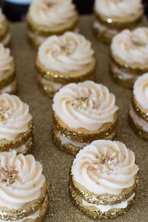 Złoty jako motyw przewodni wesela - zdjęcie 11